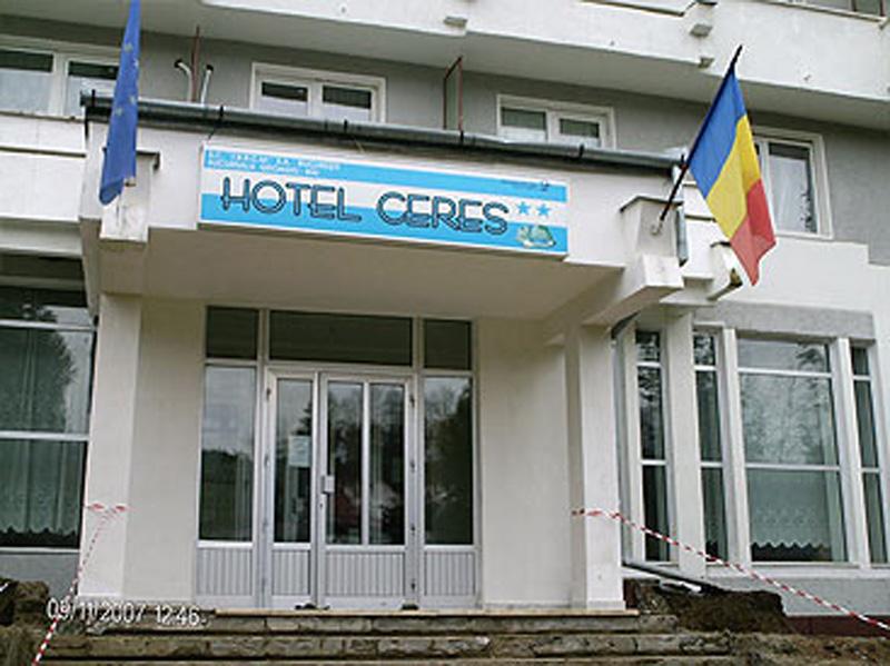 Imagini pentru imagini hotel ceres geoagiu bai